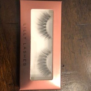 Other - Lilly Lashes Gaia